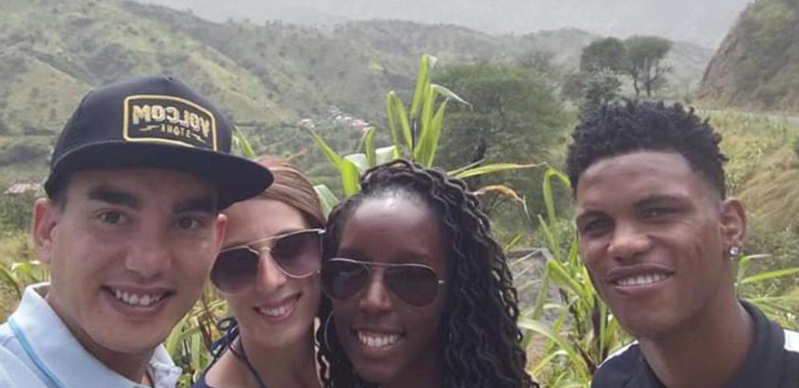 Touristes portugais dans l'Ile de Santigo